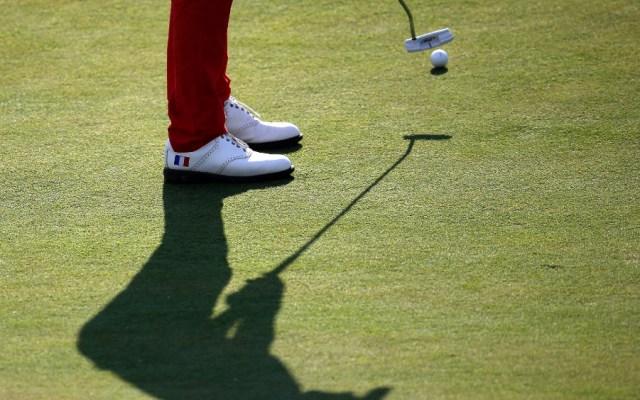 Lucha libre, mariguana o golf, actividades 'esenciales' del encierro en EE.UU. - Foto de EFE