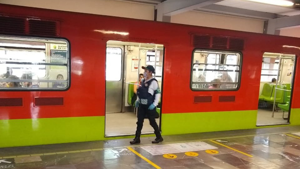 Exigen salida de funcionario del Metro por exponer a personal vulnerable al COVID-19 - Metro CDMX