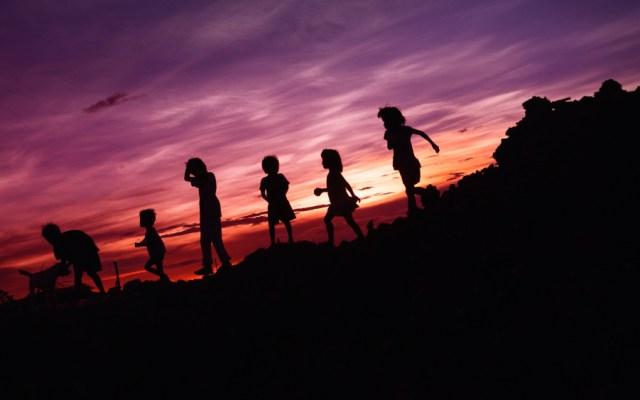 En pobreza, 49.6% de los menores de 18 años en México: Coneval - Foto de Rene Bernal para Unsplash