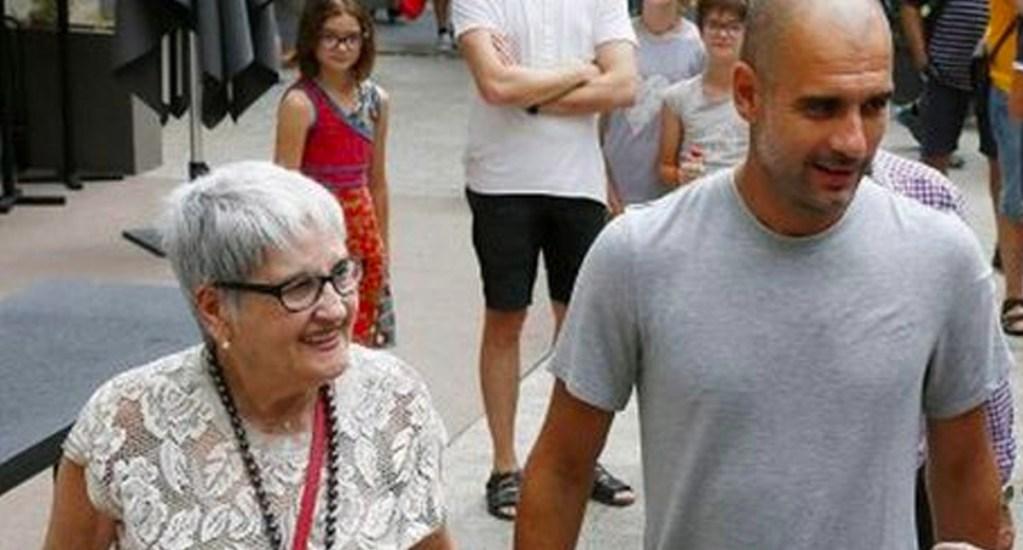 Murió la madre de Pep Guardiola por COVID-19 - El Manchester City informó este lunes que Dolores Sala Carrió, madre del entrenador Pep Guardiola, murió a causa del coronavirus