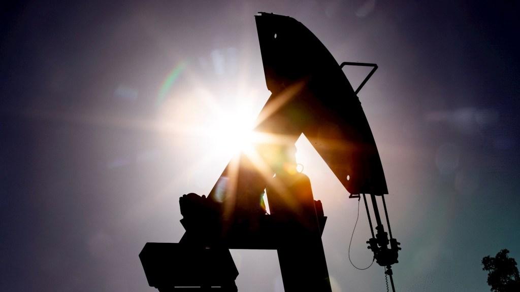 Mezcla mexicana cae 23 por ciento, cotiza en 6.55 dólares por barril - Petróleo crudo hidrocarburo