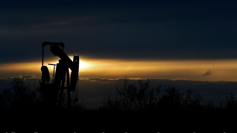 Petróleo de Texas rebota 24.7 % por incremento de inventarios menor de lo esperado - Foto de EFE