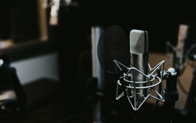 AMLO firmará acuerdo para devolver tiempos oficiales de radio y televisión - Foto de Jonathan Velasquez para Unsplash