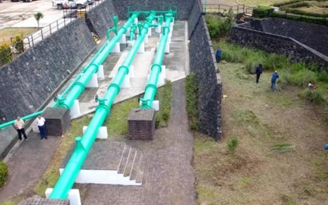 Abastecen tres millones de litros de agua en Edomex por contingencia - Red de distribución hidráulica del Estado de México. Foto de Edomex Informa