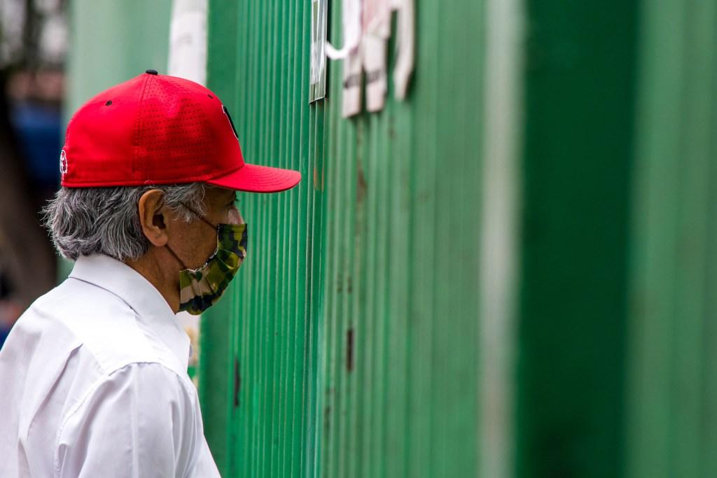 Cofepris alerta por fraude en venta de cubrebocas - Foto de Notimex