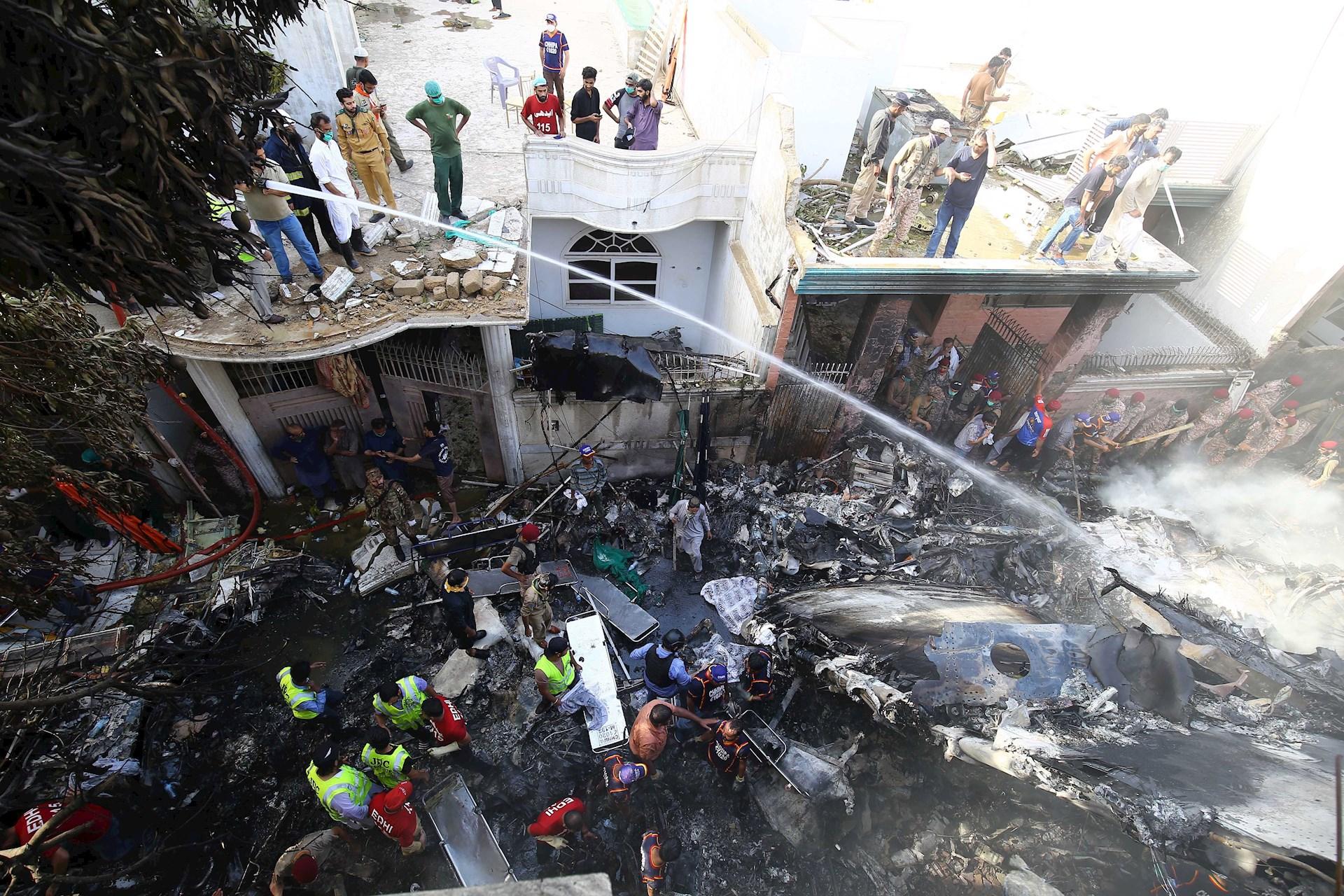 accidente avión Pakistán