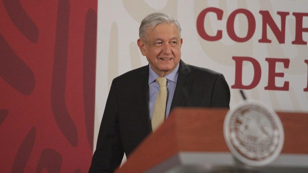López Obrador confirma gira la próxima semana; viajará, por tierra, al sureste de México - El presidente Andrés Manuel López Obrador durante su conferencia matutina del día de hoy. Foto de Notimex-Gustavo Durán.