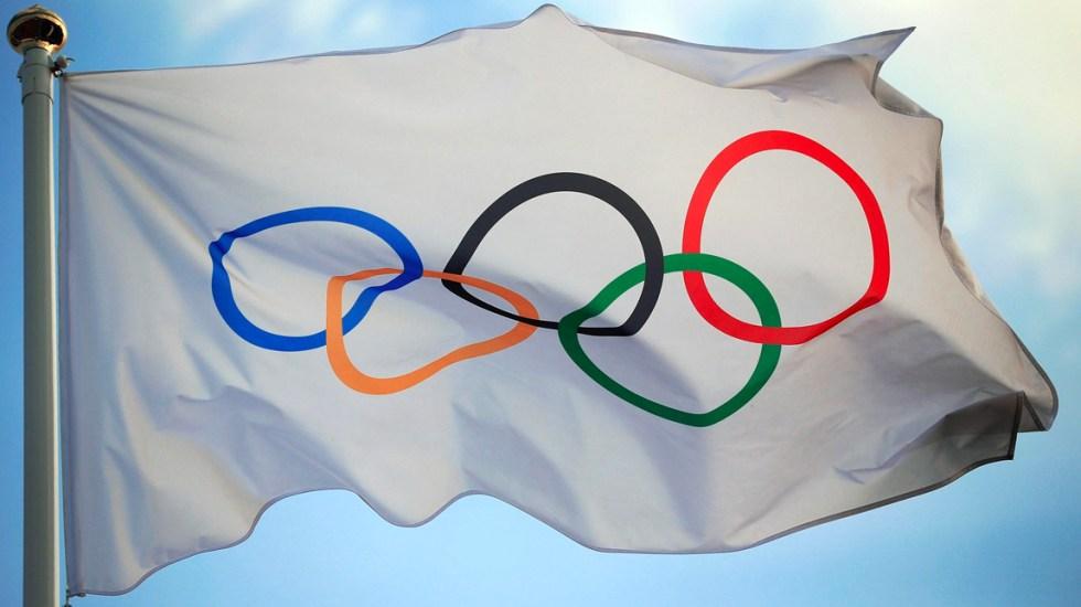 COI destina 800 mdd para cubrir sobrecostos de aplazamiento de Tokio 2020 - Bandera del Comité Olímpico Internacional