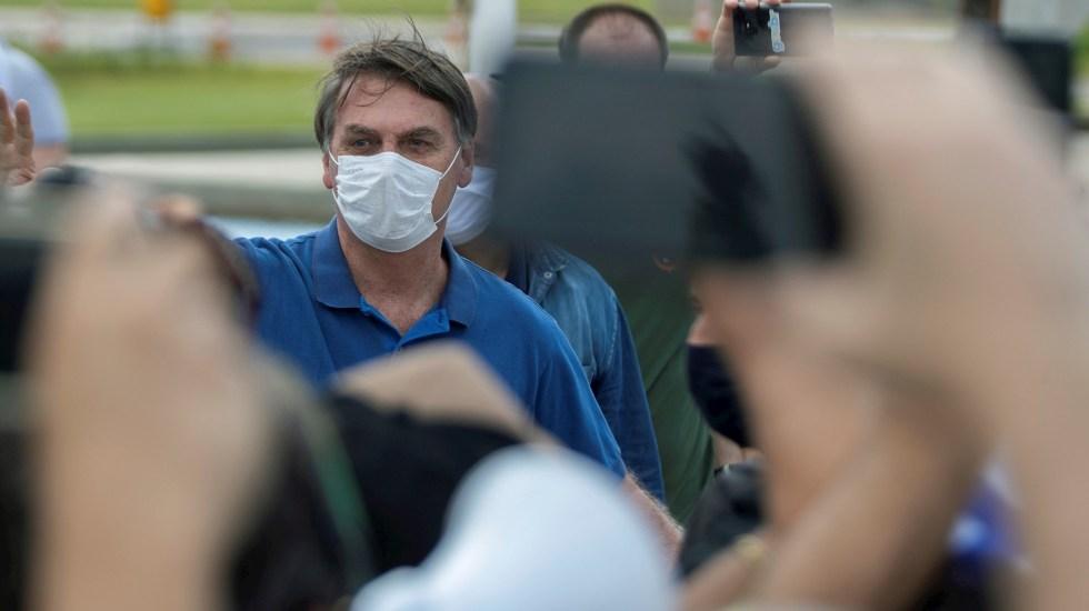 Jair Bolsonaro se trata el COVID-19 con cloroquina - Bolsonaro manifestación protesta COVID-19 Brasil 2