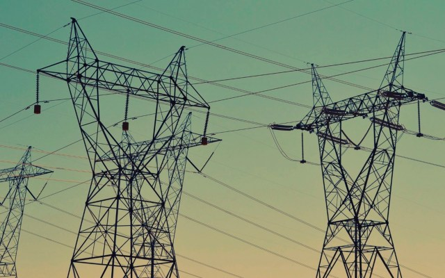 """Alza de tarifas de la CRE representa un """"electrolinazo"""", afirma el CCE - CCE electricidad"""