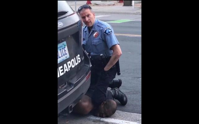 Liberan a Derek Chauvin, expolicía acusado del asesinato de George Floyd - Ha sido arrestado el agente de policía de Minneapolis, Minnesota, Derek Chauvin. Captura de Pantalla.