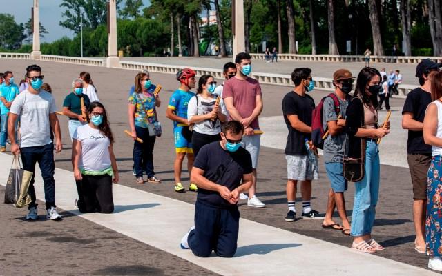 Peregrinos regresan al santuario de Fátima - Foto de EFE