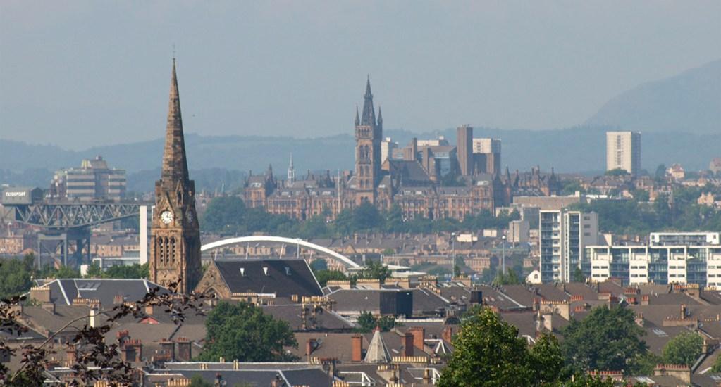 Cumbre del clima COP26 se celebrará en noviembre de 2021 en Glasgow - Imagen panorámica de Glasgow, Escocia
