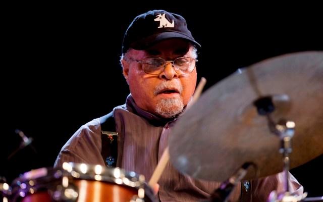 Murió el baterista Jimmy Cobb, miembro de la banda de Miles Davis - Jimmy Cobb