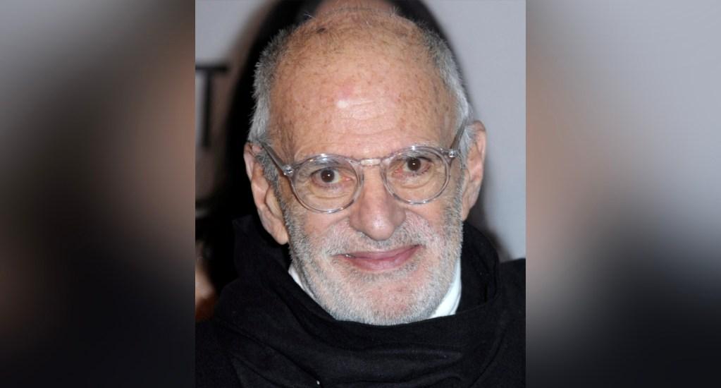 Murió el destacado dramaturgo y activista Larry Kramer a los 84 años - Larry Kramer murió este miércoles en Manhattan a causa de una neumonía a los 84 años