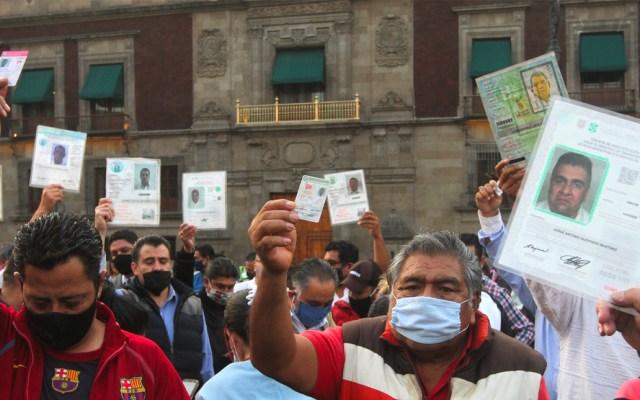 Las movilizaciones de este jueves 28 de mayo en la Ciudad de México - Manifestación de taxistas de la Ciudad de México afuera de Palacio Nacional