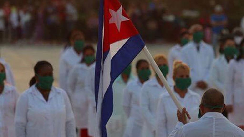 Médicos cubanos regresarán a la CDMX para apoyar en emergencia por COVID-19 - Médicos cubanos de la Brigada Henry Reeve. Foto de @MINSAPCuba