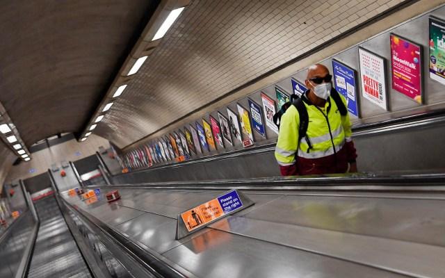 Murió empleada del Metro de Londres a la que escupió un hombre con COVID-19 - Metro Londres coronavirus COVID-19