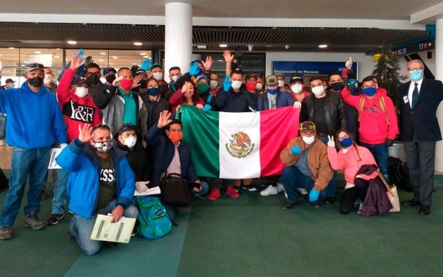 Regresan a México 152 connacionales varados en Chile - mexicanos Chile coronavirus COVID-19