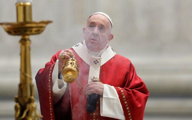Papa Francisco afirmó que para conseguir la paz hay que destruir armas nucleares - Foto de EFE