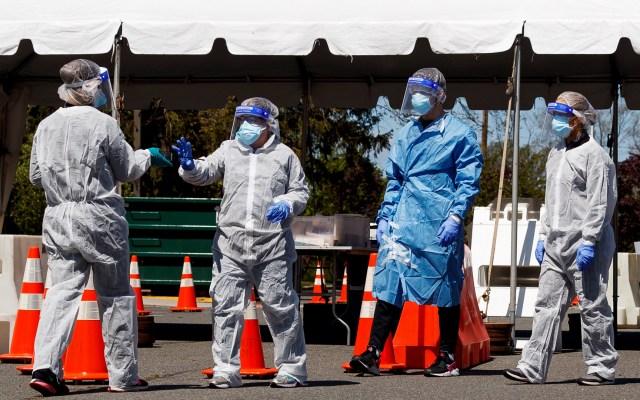 Suman 827 mexicanos muertos por COVID-19 en Estados Unidos - Prueba de COVID-19 en Nueva Jersey. Foto de EFE