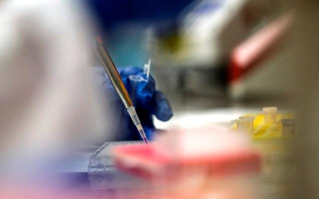 Japón autoriza ensayos clínicos de vacuna genética contra COVID-19 - vacuna