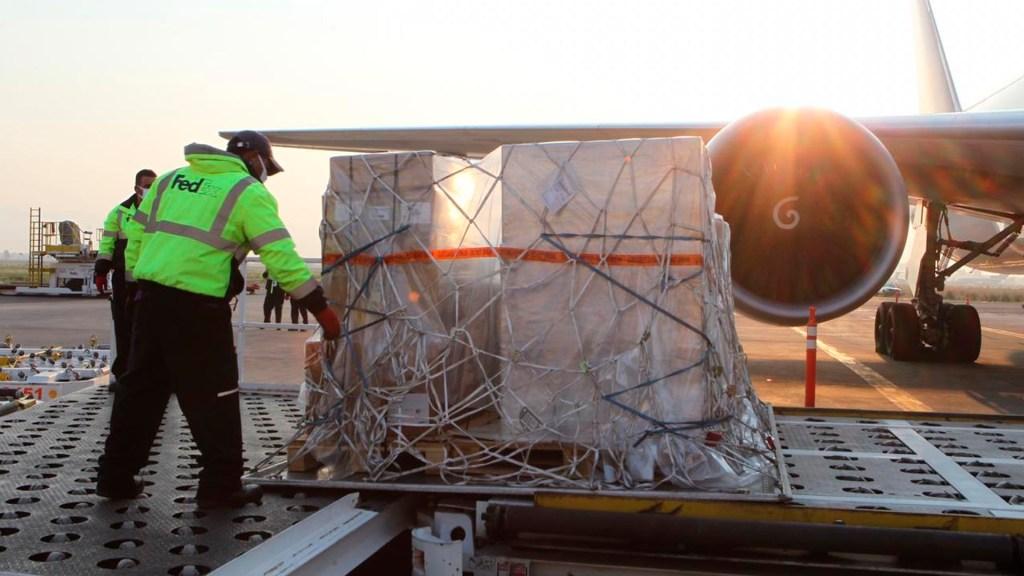 Arriba a México cuarto vuelo con 50 ventiladores procedentes de Estados Unidos - vuelo ventiladores México coronavirus COVID-19