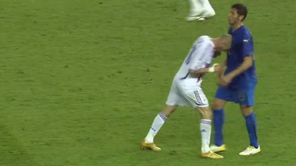 Materazzi revela qué le dijo a Zidane en la final de Alemania 2006 - Zidane Materazzi cabezazo Alemania 2006 2