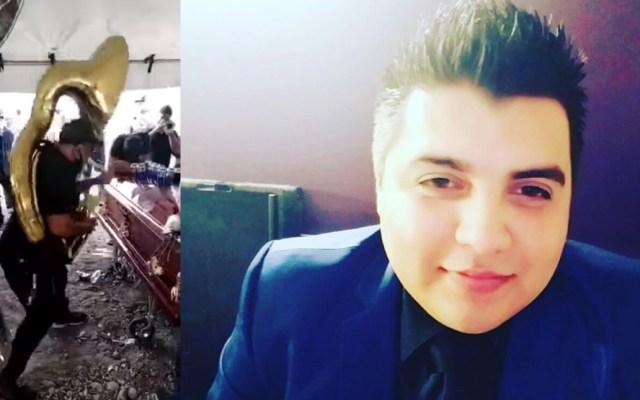 #Video Despiden a integrante de La Séptima Banda que murió por COVID-19 con música en vivo - Armando Cardona integrante de La Séptima BandaArmando Cardona integrante de La Séptima Banda