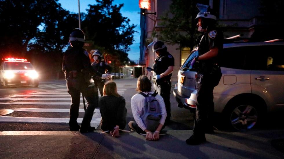 Aproximadamente 280 arrestos en Nueva York durante noche de protestas más tranquila - Foto de EFE