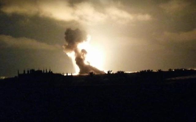 Israel ataca posiciones militares de Hamás en Gaza - Bombardeo en la franja de Gaza. Foto de Ashraf Abu Amra / @ShehabAgency