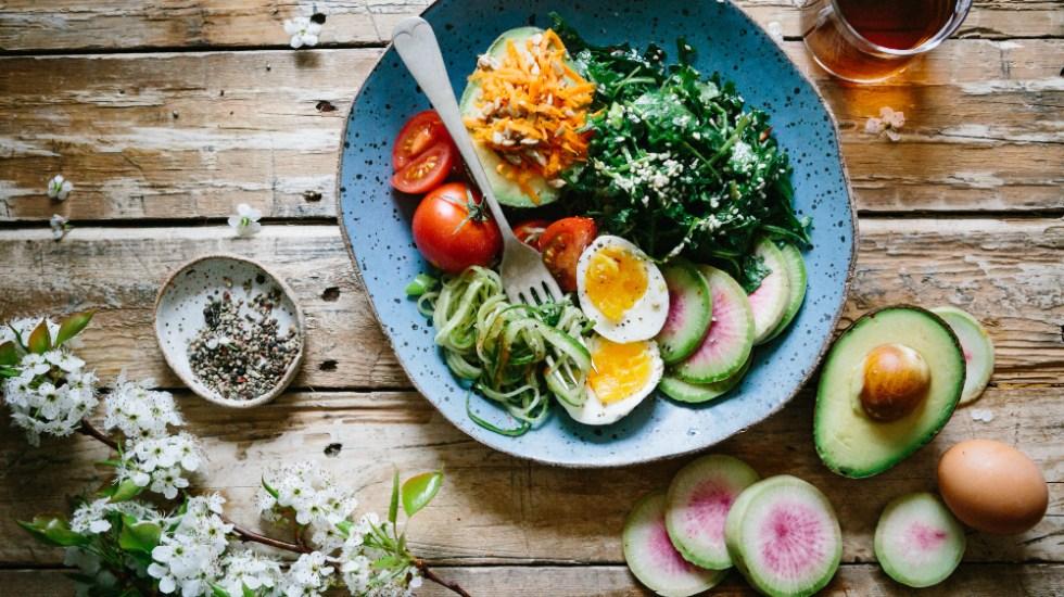 Presenta AMLO y Profeco campaña de orientación nutricional - Foto de Brooke Lark para Unsplash