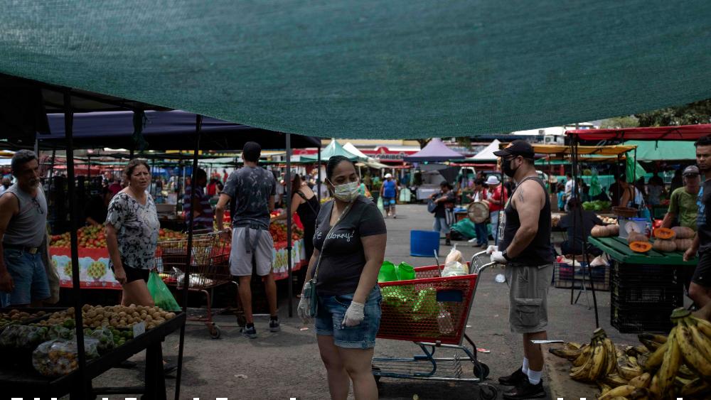 Costa Rica alerta de fiestas como foco de COVID-19, que suma 69 casos nuevos - Foto de EFE
