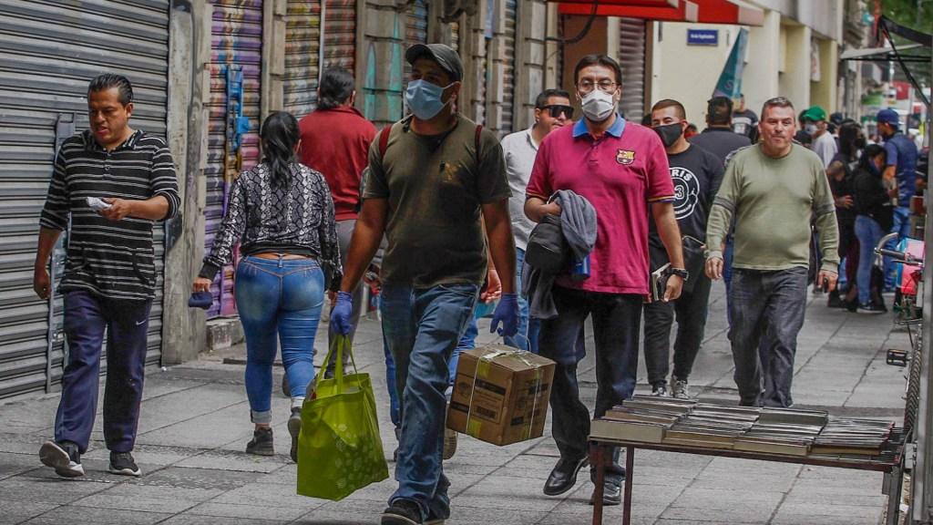 Revelan primer caso de reinfección por COVID-19 en México - covid-19 coronavirus México Ciudad cubrebocas calle