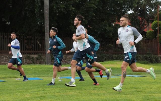 Cruz Azul confirma 22 casos positivos por COVID-19 en equipos varonil y femenil - Foto de Cruz Azul