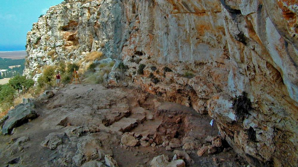 Hallazgo refuerza la teoría de la migración a Oriente Medio en la Edad de Hielo - Diminutos fósiles hallados en esta cueva prehistórica de Israel refuerzan la teoría de que la migración humana desde África a Oriente Medio tuvo lugar en la temprana Edad de Hielo Foto de EFE