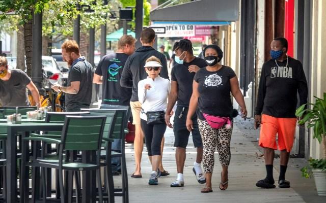 Grupo de 16 amigos se contagia de COVID-19 tras visitar bar en Florida - Florida COVID-19 coronavirus pandemia reapertura