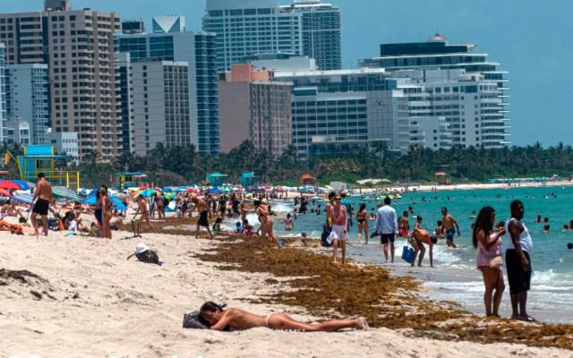 Con nuevo récord de 4 mil 49 casos de COVID-19, Florida se acerca a los 94 mil - Foto de EFE
