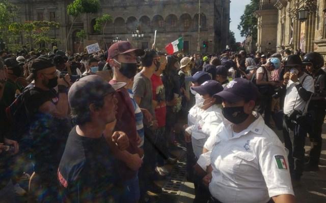 Liberan a seis detenidos por manifestaciones en Jalisco - Foto de Notimex