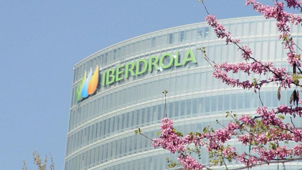 Tras aprobación de reforma eléctrica, AMLO va por renegociación de contratos con Iberdrola y 10 empresas - Foto de Iberdrola