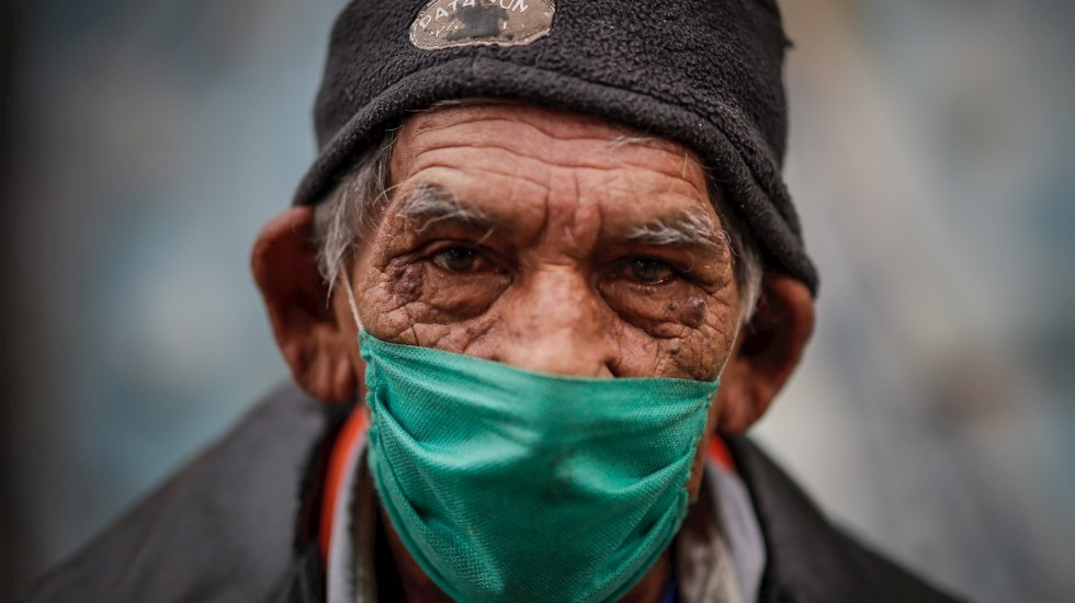 Coronavirus muta para los pobres a un virus del hambre, asevera ONG - Latinoamérica coronavirus COVID pandemia hambre pobreza