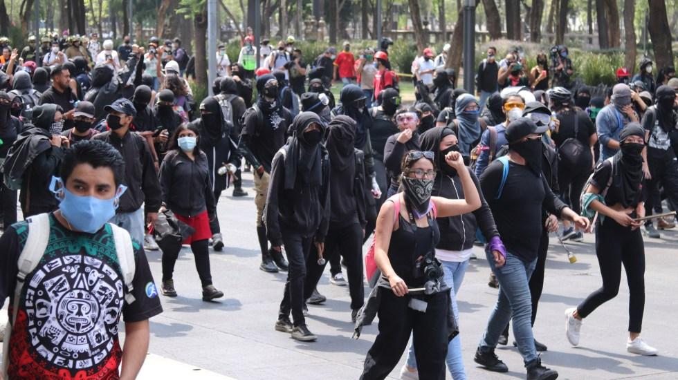 Se evitó confrontación con manifestantes durante marcha, destaca Gobierno capitalino - Marcha contra la brutalidad policial este 8 de junio en la Ciudad de México. Foto de EFE