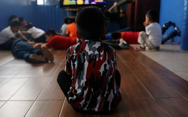 Niños maltratados quedan en el limbo durante la pandemia en México - Foto de EFE