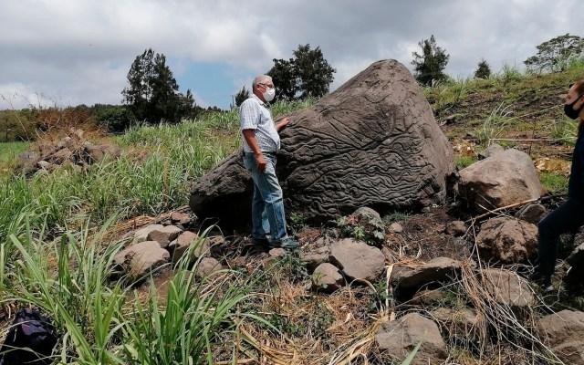 INAH encuentra petroglifo usado como 'piedra-mapa' hace 2 mil años - Foto de EFE