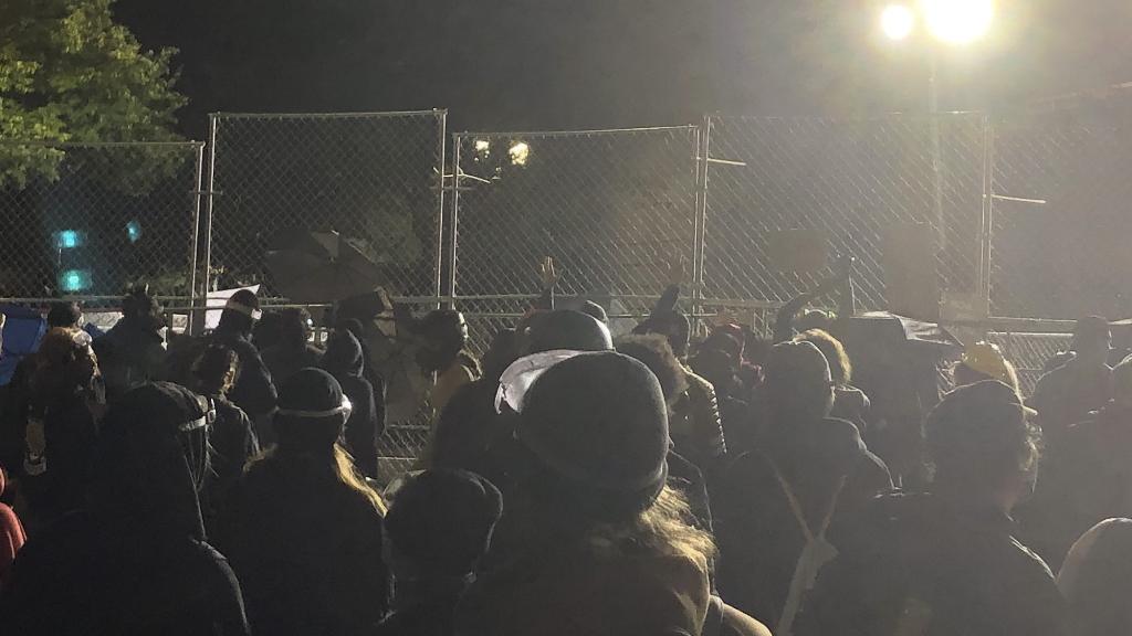 ONG pide a corte que se proteja a periodistas en protestas en EE.UU. - Portland Oregon Protestas Estados Unidos