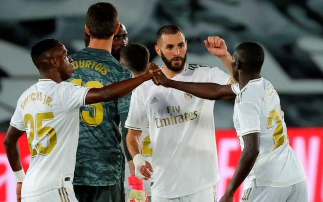 Zidane responde a Piqué; asegura que al Madrid no lo favorecen los árbitros - real madrid