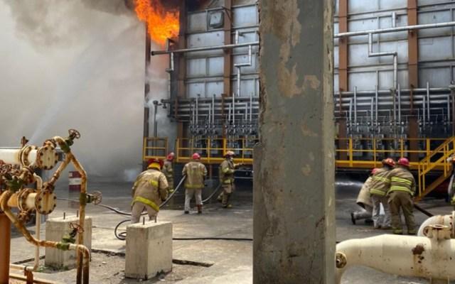 Conato de incendio en refinería de Salina Cruz, Oaxaca, tras sismo - Foto de Pemex