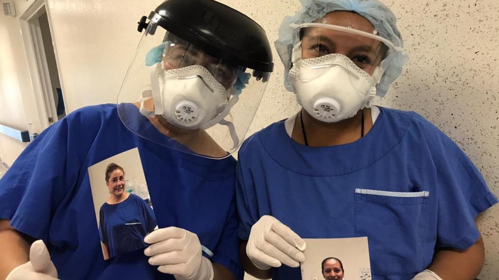 Rostros Detrás de la Mascarilla, la iniciativa para que pacientes con COVID-19 conozcan a sus doctores - Foto de Canon Mexicana.