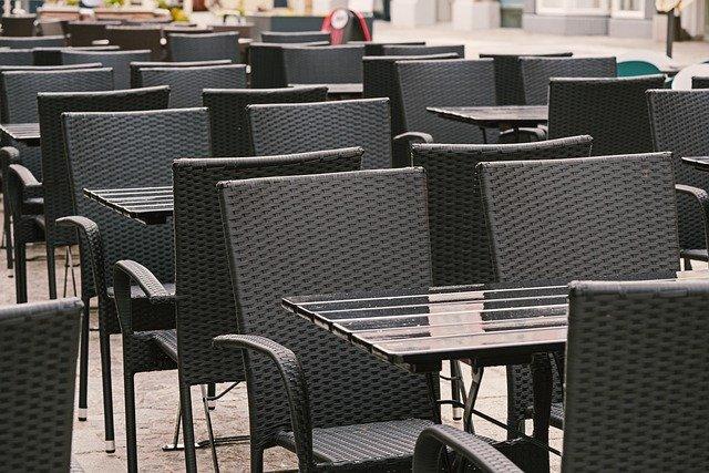 Venden bonos para comer en restaurantes, después de que les permitan abrir - Foto de Pixabay.