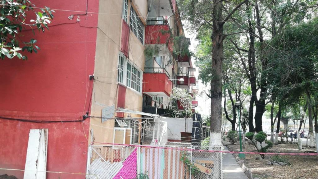Sismo causó daños estructurales en edificio de la GAM - Unidad Habitacional Lindavista-Vallejo. Foto Especial